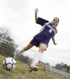female-athlete-acl-injury